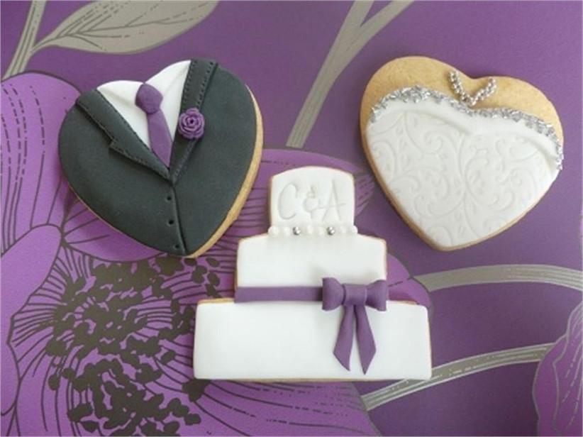 bride-groom-and-wedding-cake-shaped-cookies