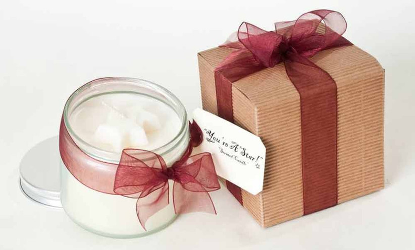 star-themed-wedding-candle-favours