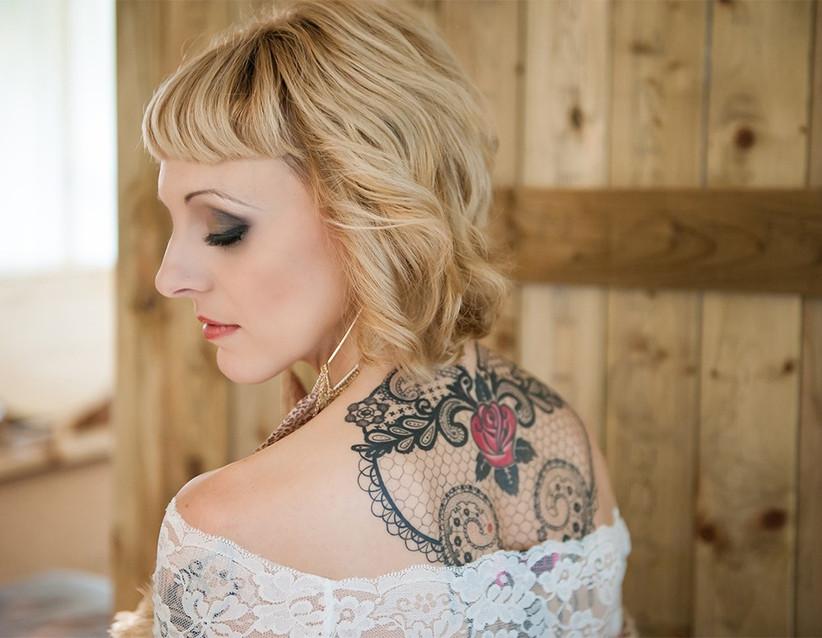 lace-tattooed-bride-2