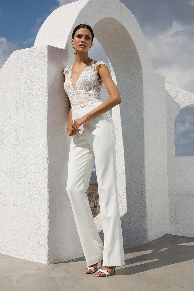 Unique bridal look