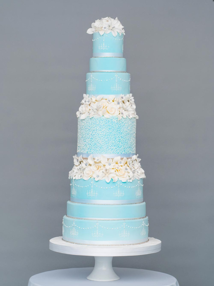 blue-tall-frosted-wedding-cake