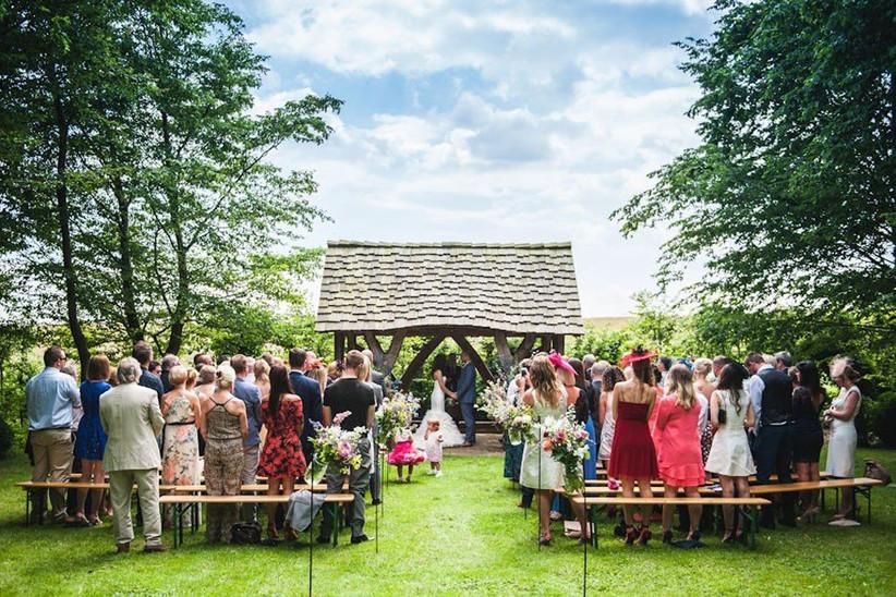 outdoor-wedding-venues-29