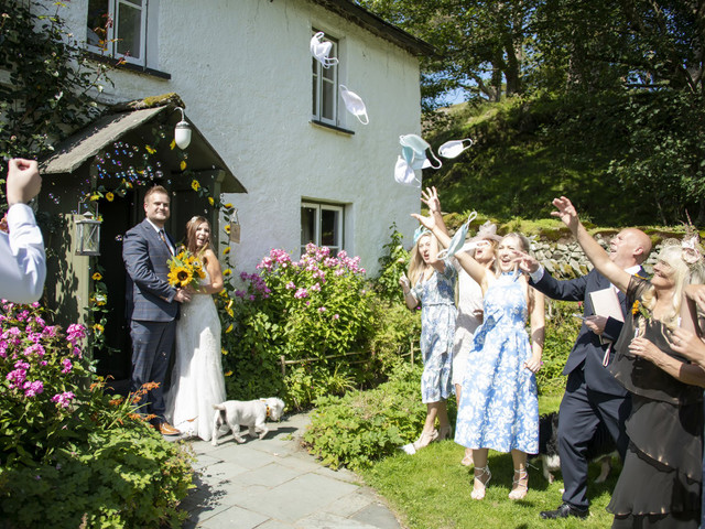 Real Covid Wedding: Jess and Carl, Yew Tree Farm in the Lake District