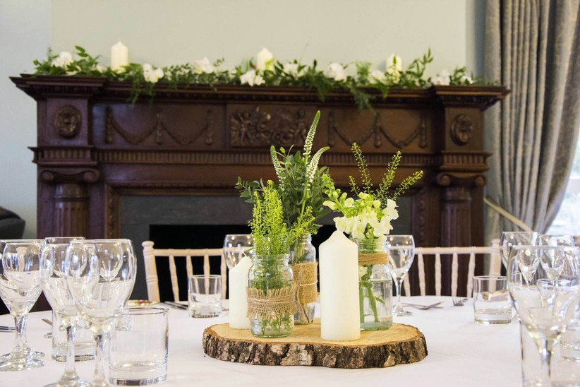 Rustic wedding dining table