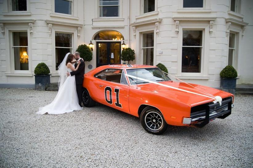 unusual-wedding-car