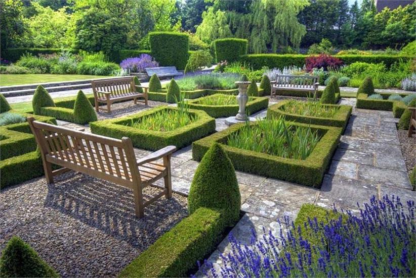 kilver-court-secret-gardens-2