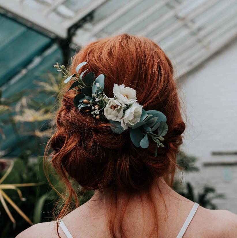 Bridesmaids hairstyles 31