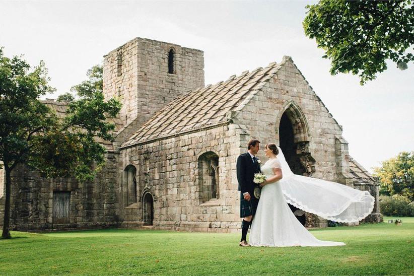 affordable-wedding-dates-9