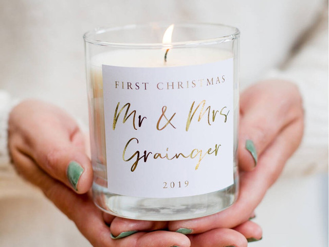 Celebrating Your First Married Christmas: Sentimental Card & Gift Ideas