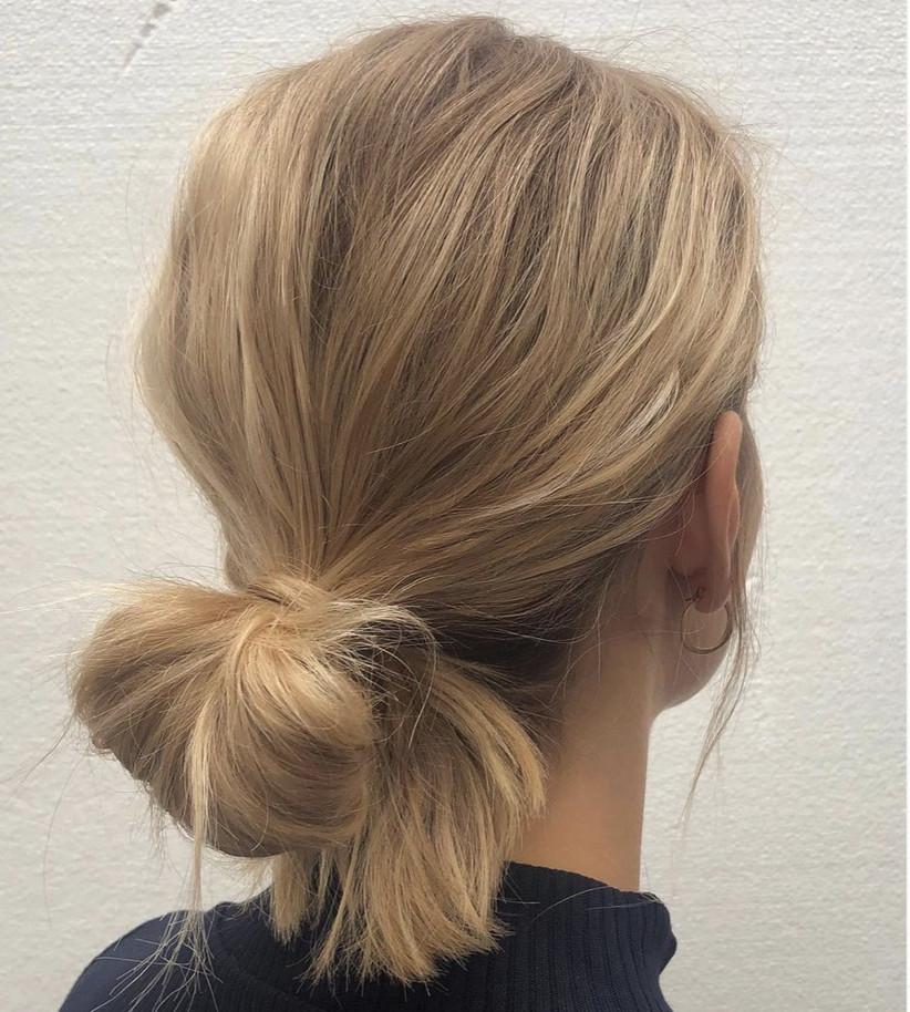 Wedding hair updo ideas 31