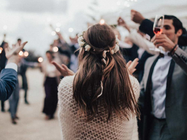 11 Genius Ways to Save Money as a Wedding Guest