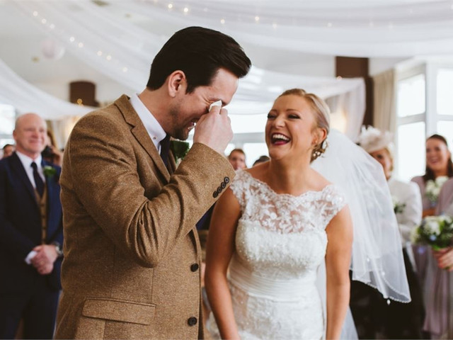 How to Write Your Own Wedding Vows: Real Traditional and Modern Wedding Vows