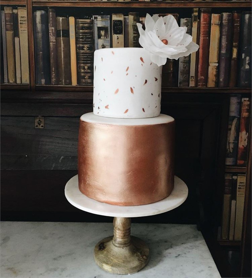rose-gold-two-tiered-wedding-cake
