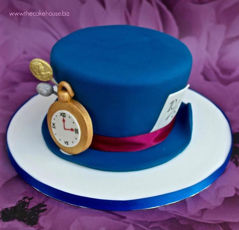 mad-hatter-inspired-disney-wedding-cake