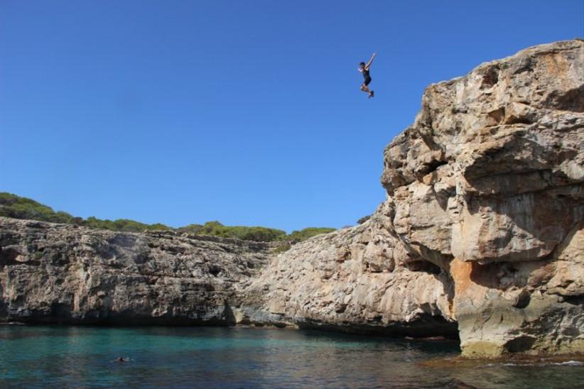 ibiza-cliff-diving-2