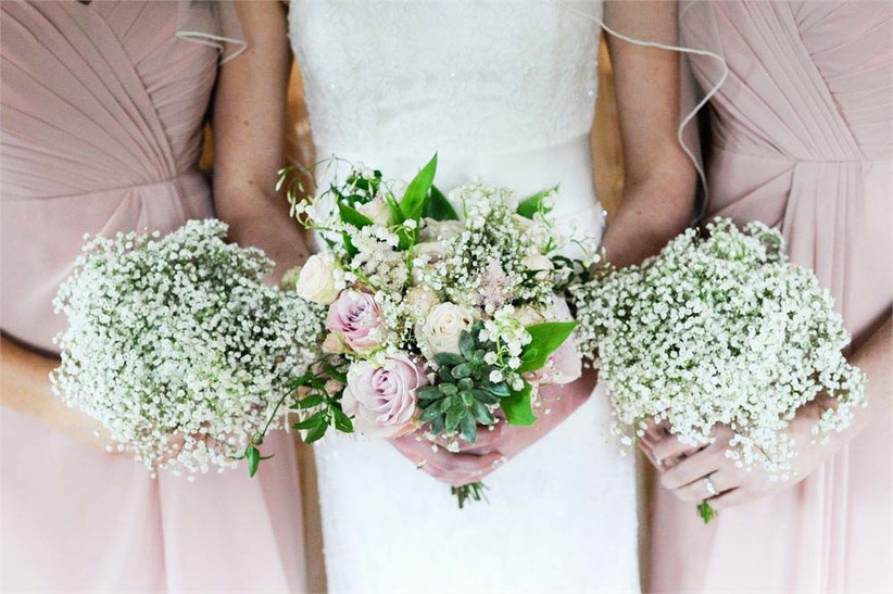 these-bouquets-from-louise-avery-flowers-are-filled-with-summer-wedding-flowers-such-as-roses-and-gypsophila