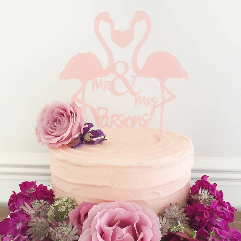 flamingo-cake-topper