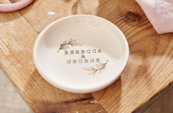 27 Cute Engagement Ring Dishes for Storing Your Special Ring