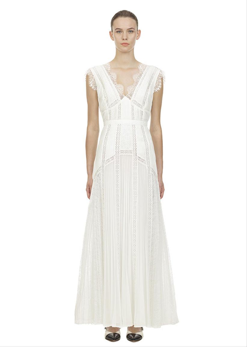 Girl wearing a V-neck crotchet lace wedding dress