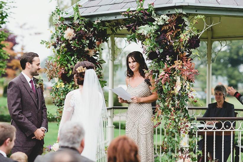 outdoor-wedding-venues-16