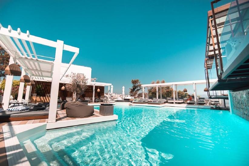 Most Popular Minimoon Destinations Greece Mykonos