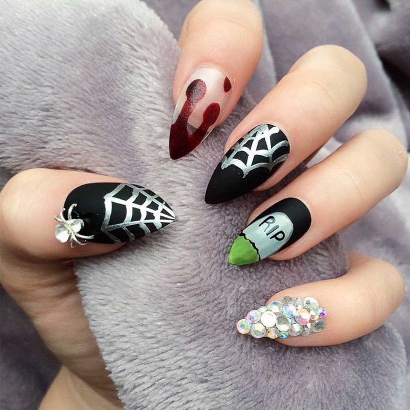 gothic-wedding-nails