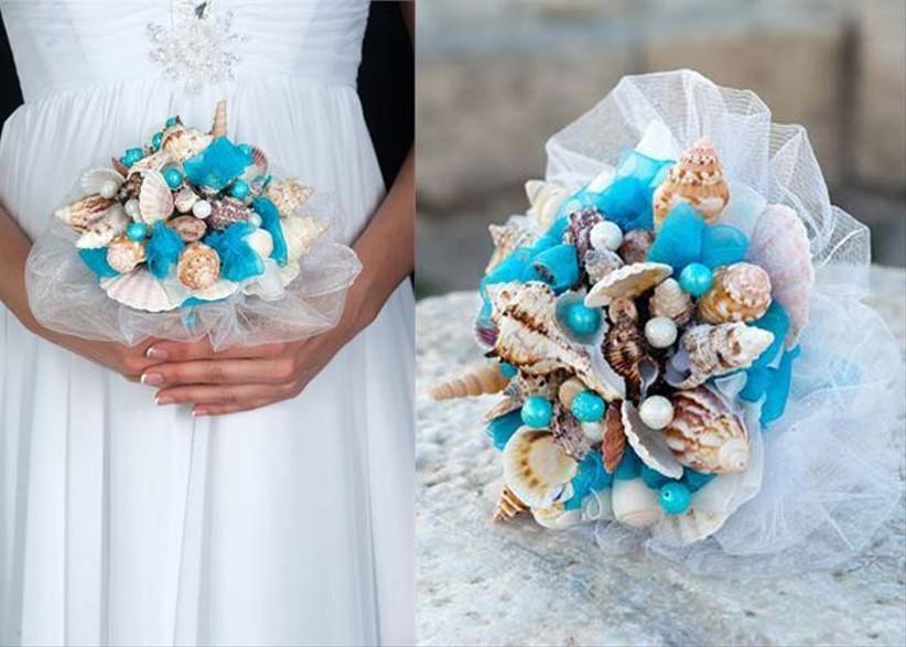 seashell-bouquets-are-a-great-beach-wedding-idea