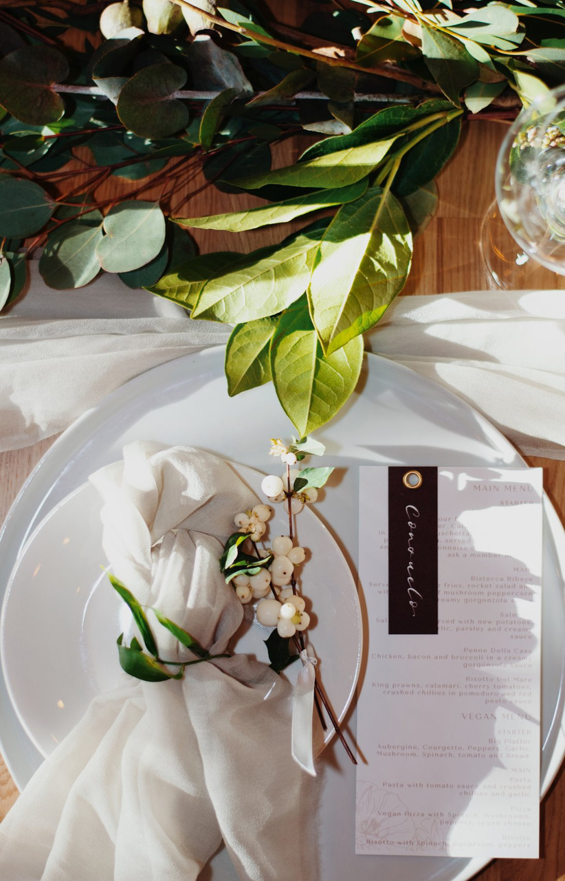 Place setting at Danielle and Jayson's wedding