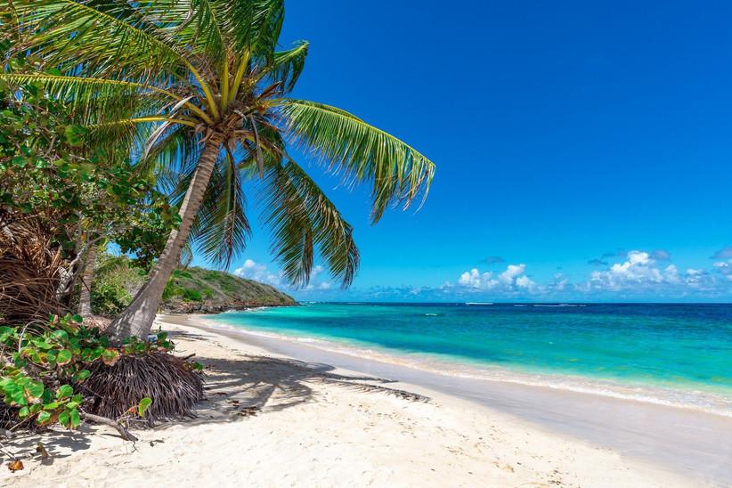 honeymoon-destinations-by-month-24