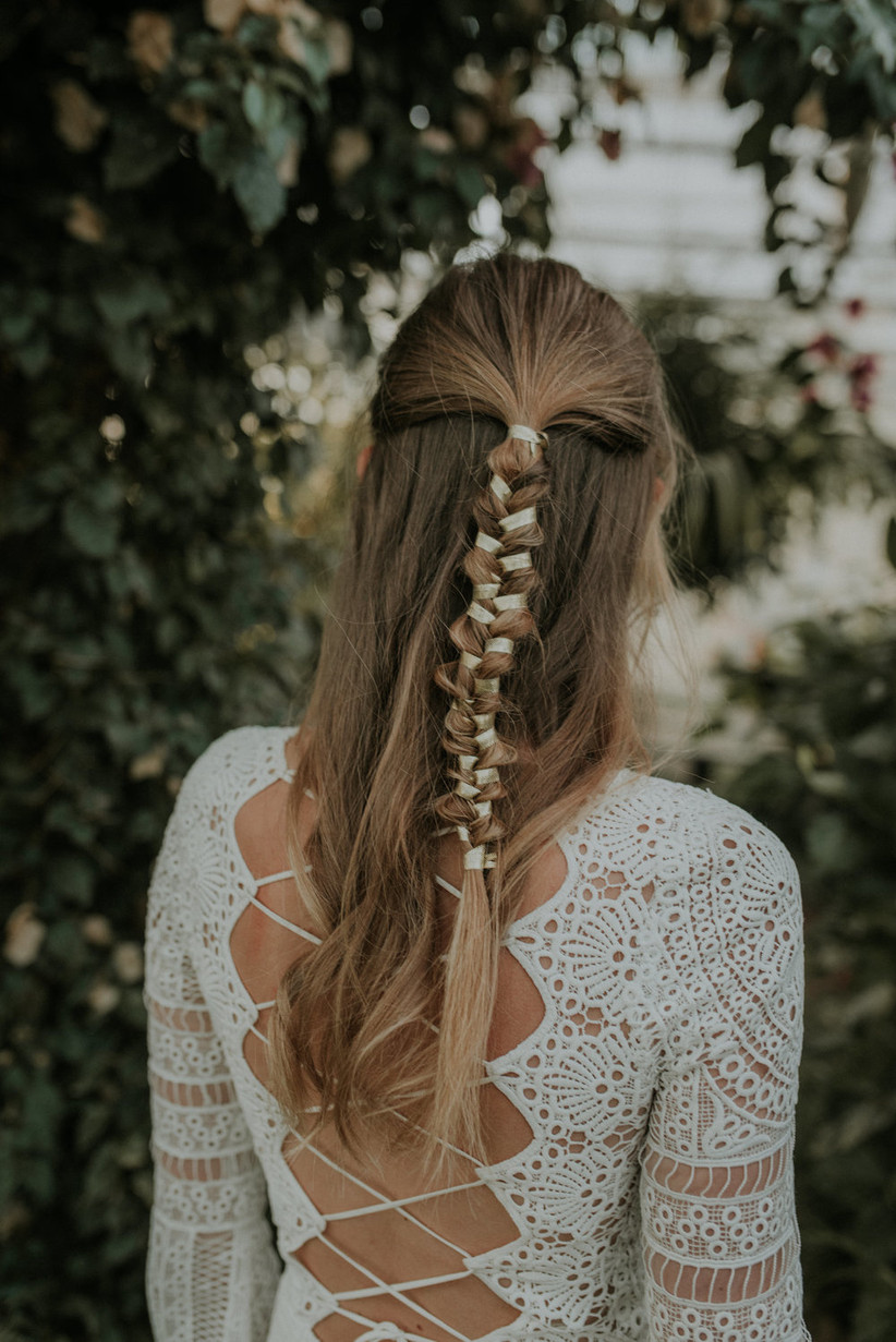 Best wedding hairstyles for long hair 22
