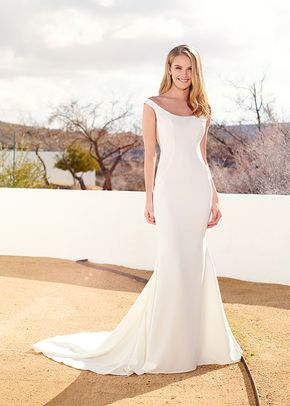 Wedding Dresses Enchanting by Mon Cheri