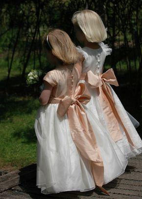 Esme & Grace, Nicki Macfarlane