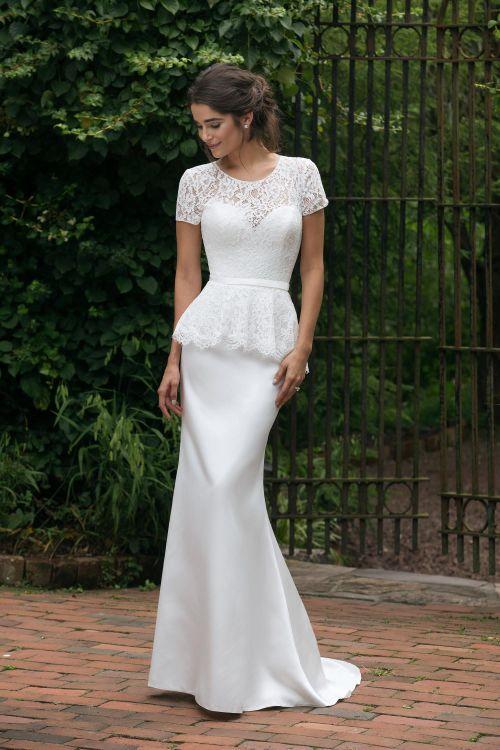 44040, Sincerity Bridal