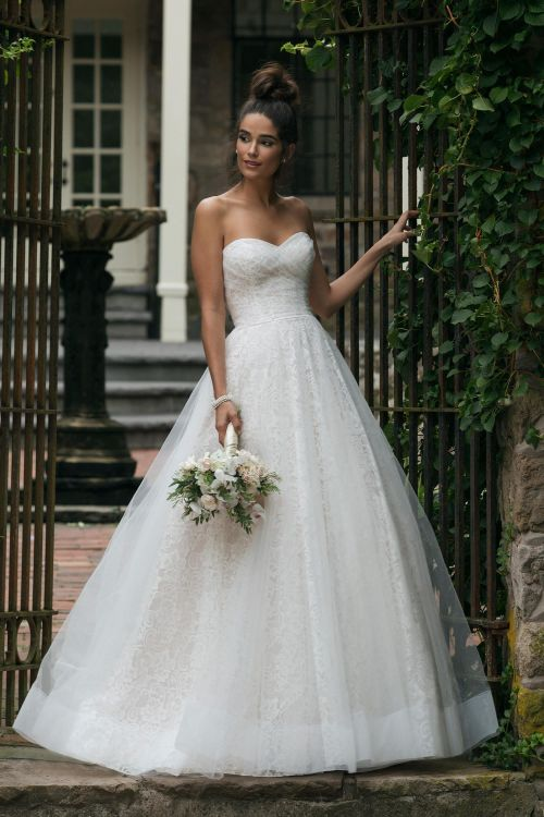 44055, Sincerity Bridal