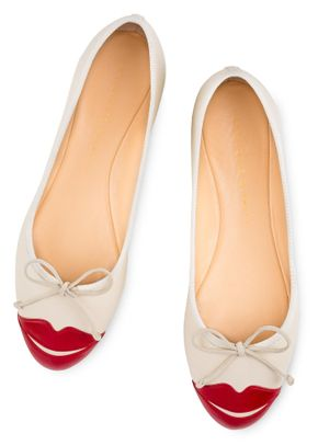 Kiss Me Darcy, Charlotte Olympia