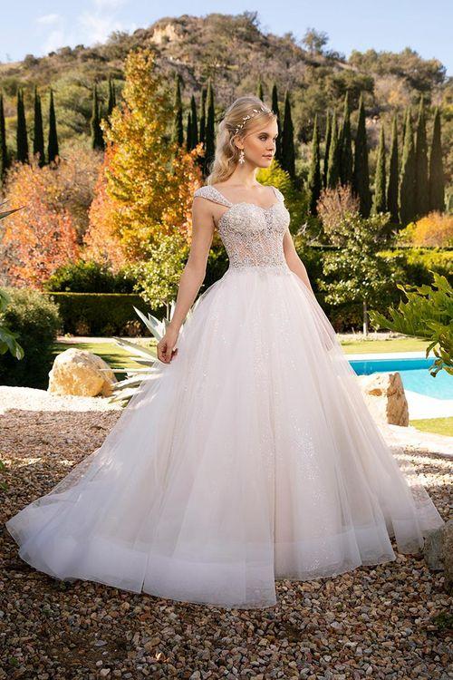 2374, Casablanca Bridal