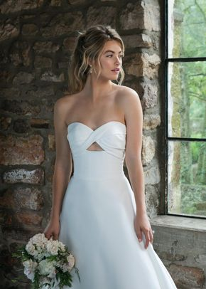 44041, Sincerity Bridal