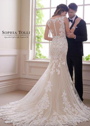 Y21819, Sophia Tolli