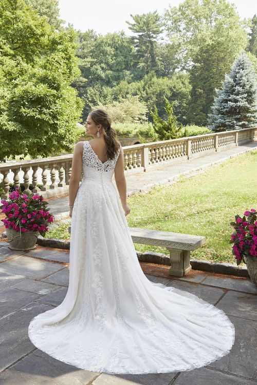 3283, Julietta by Mori Lee