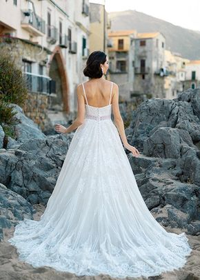Lakyn, Wilderly Bride