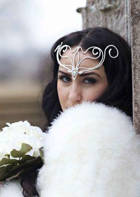 Narnia, Amanda Caroline Couture