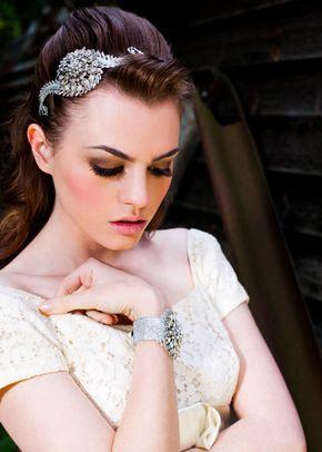 White Queen, Flo & Percy Jewellery