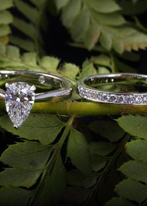 Engagement and wedding ring set, James Veale Jewellery