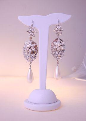 Laon Earrings, 887