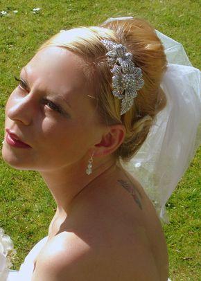 4, The Modern Vintage Bride
