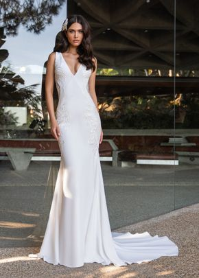 KELLY, Pronovias