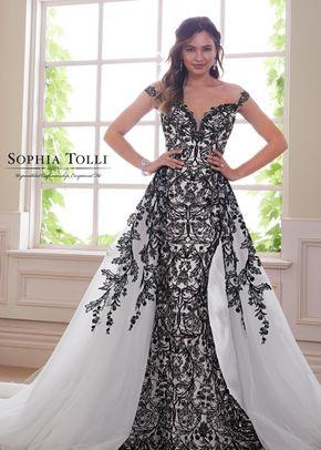 Y21810B, Sophia Tolli