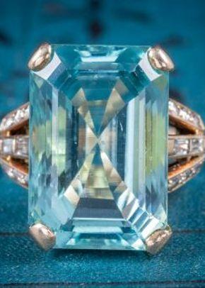 Art Deco Aquamarine Ring 18ct Gold 28ct Aqua, Laurelle Antique Jewellery