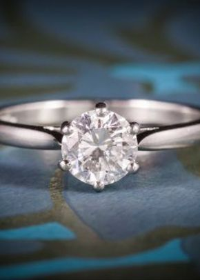 Diamond Solitaire Engagement Ring Platinum Full Certified VS1 F Colour, 1299