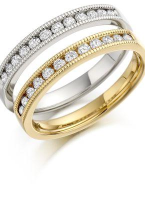 HET145A, Smooch Wedding Rings